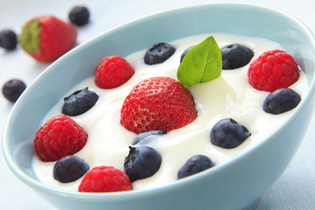 Yogurt and fruit in bowl
