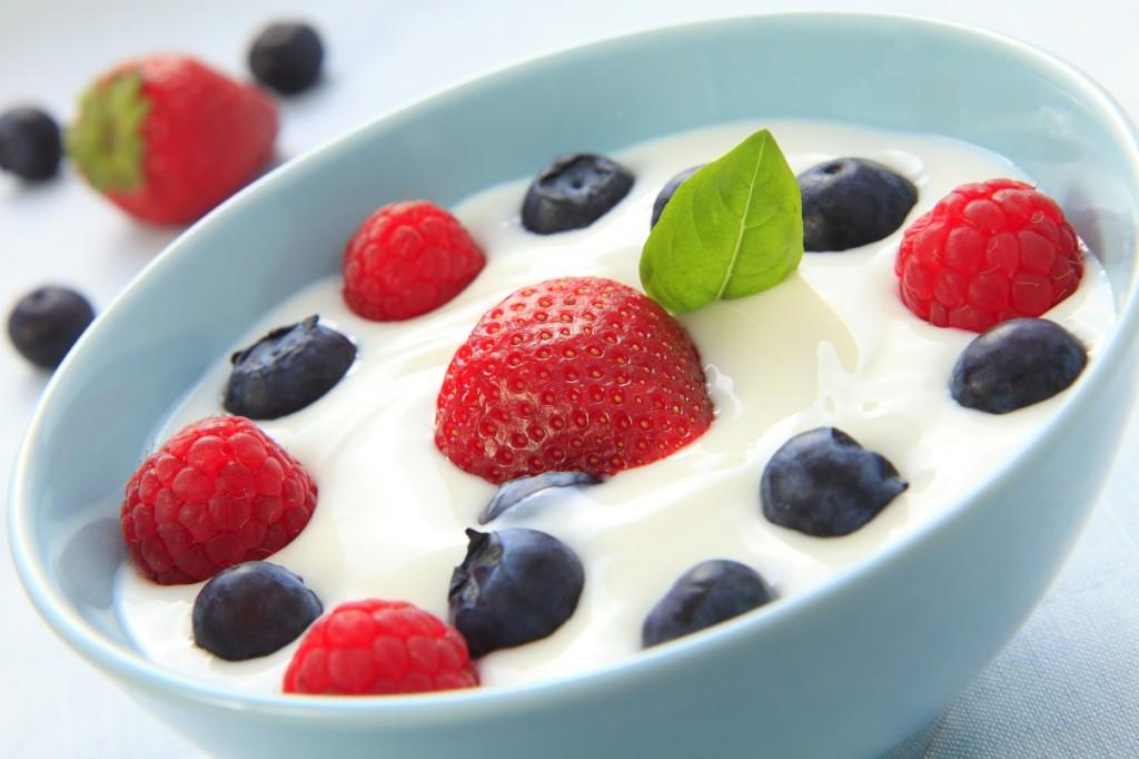 Yogurt and fruit in bowl